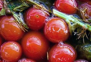 Солодкі мариновані помідори на зиму