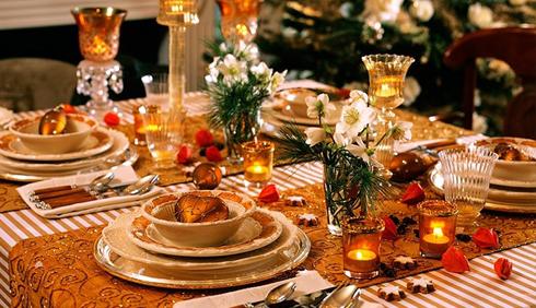 Варіант сервірування святкового столу