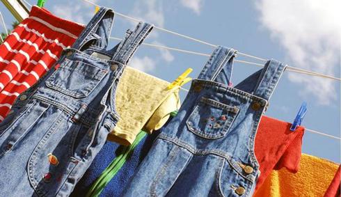 Який би засіб боротьби зі цвіллю на одязі ви би не обрали, завжди потрібно добре випрати всі оброблені речі.