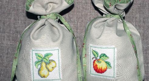 Шкідники ніколи не заведуться у ваших солодких запасах, якщо вони будуть знаходитися в тканинних мішечках, попередньо підготовлених