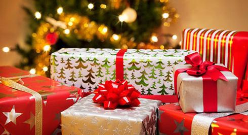 Універсального рецепту новорічного подарунка не існує. Тому важливим моментом на початку ваших пошуків повинно бути «налаштування на одержувача»