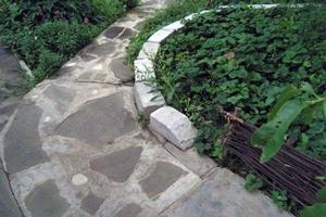 Садові доріжки - 10 оригінальних ідей