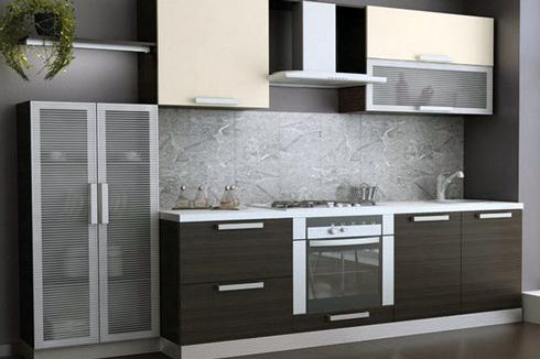 Кухня з фасадом з алюмінієвого профілю