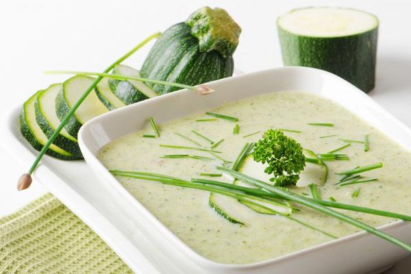 Крем-суп із цукіні